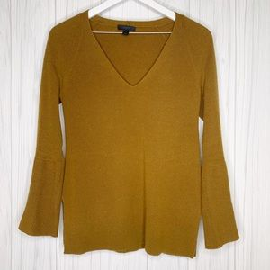J. Crew US Small Molly Bell Sleeve V-Neck Top